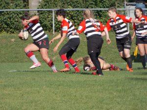 Stade Sarrois Rugby Ladies im Ballbestitz